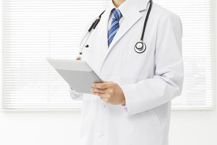 豊富な経験と知識を持った専門医による治療